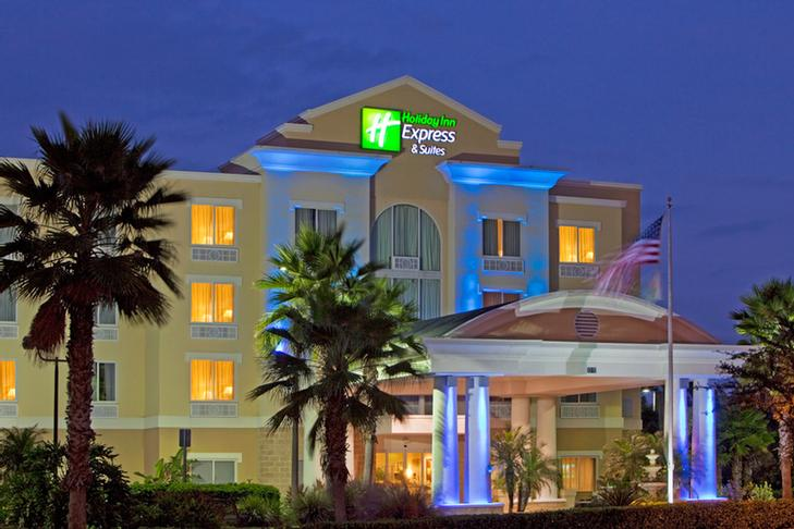 Holiday Inn Express Hotel Suites New Tampa 8310 Galbraith Rd Fl 33647
