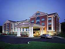 Holiday Inn Express Hotel & Suites Warwick Providence 1 of 7