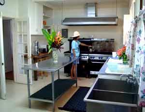 Restaurant Quality Kitchen In The Plantation House 13 of 31