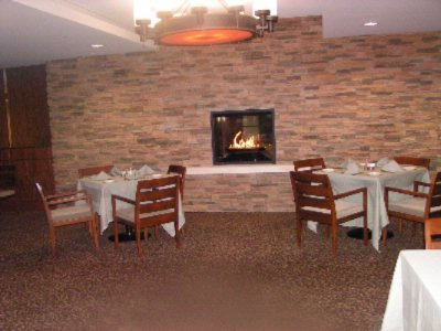 Newly Renovated Dining Room With Fire Place 5 of 7