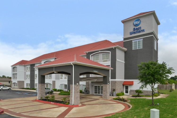 Image of La Quinta Inn & Suites Boerne