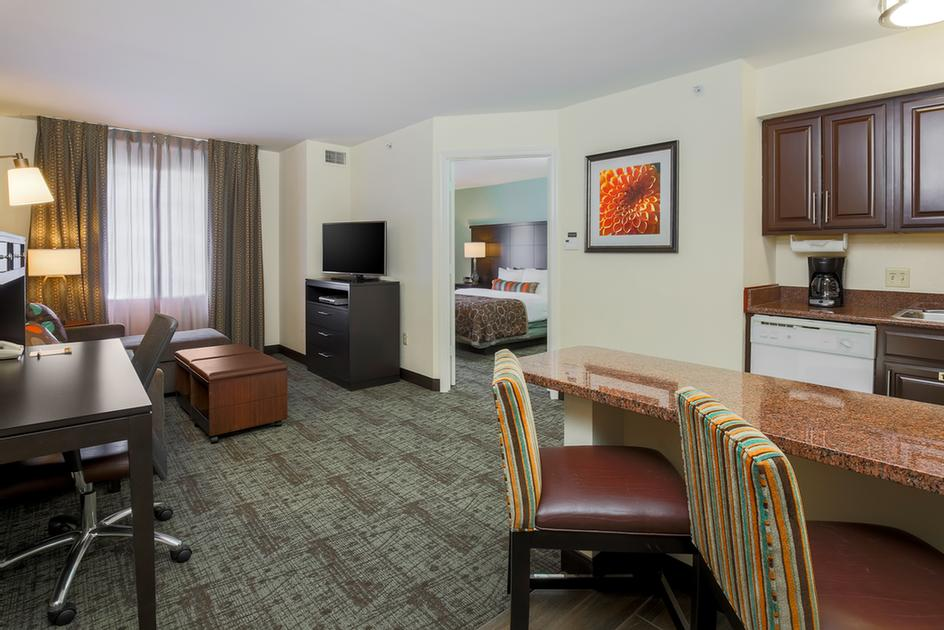 Staybridge Suites One Bedroom Suite