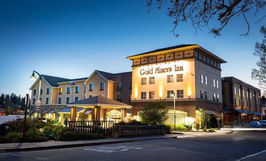 Image of Gold Miners Inn Holiday Inn Express