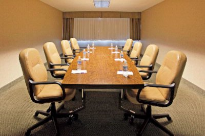 Meeting Room 11 of 13