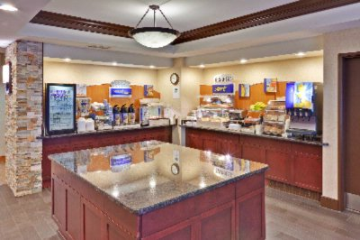 Breakfast Bar Area 13 of 13