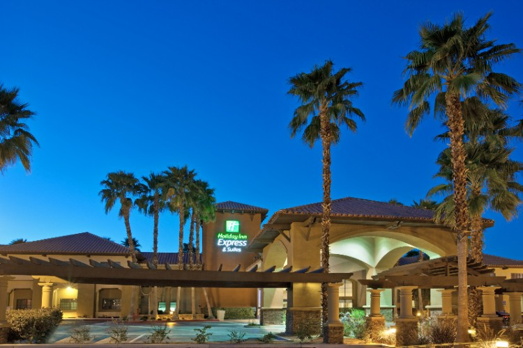 Holiday Inn Express Suites Rancho Mirage 71730 Highway 111 Ca 92270