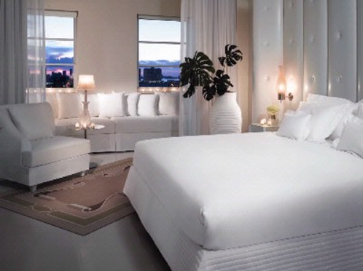 Delano City View Guest Room 13 of 14