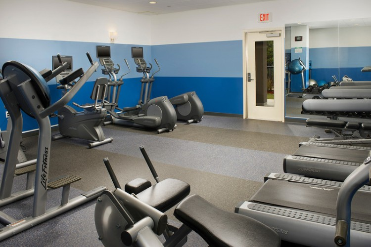 Fitness Facility 6 of 11