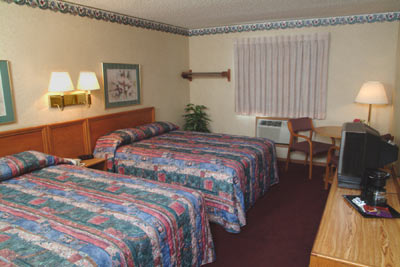 Traditional Room With 2 Queen Beds 4 of 7