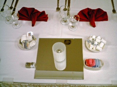 Place Setting 27 of 31