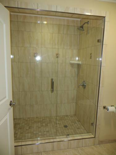 Walk-In Shower (Suite Only) 18 of 18