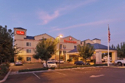 Ramada Fresno Northwest 1 of 11