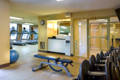 Fitness Center 14 of 19