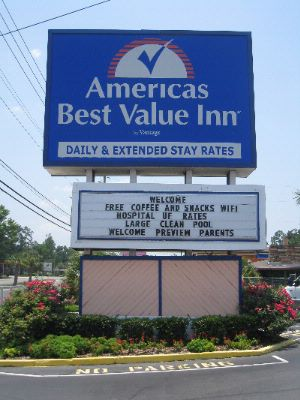 Americas Best Value Inn University of Florida / Shands 1 of 6