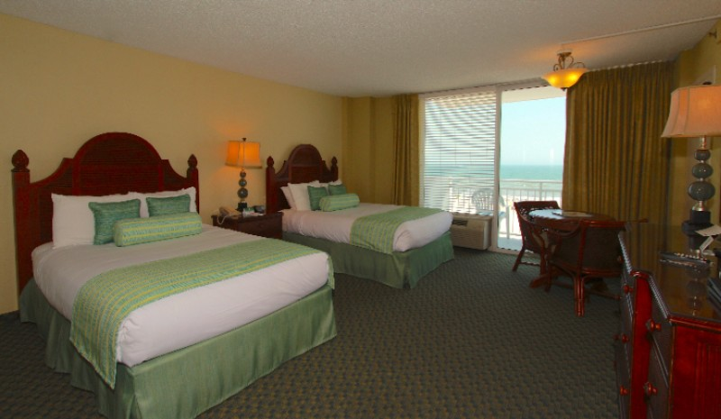 Deluxe Oceanfront Room 6 of 21