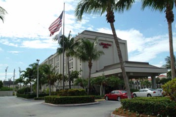Hampton Inn Miami Airport West Exterior