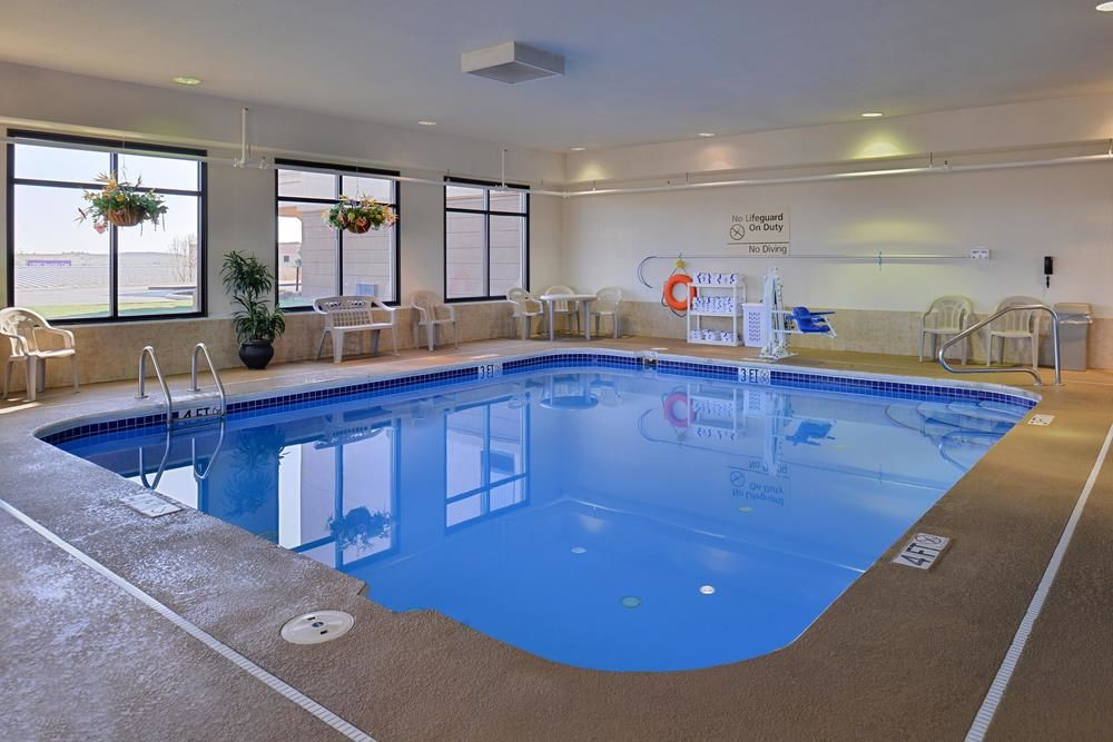 Not Matter What Time Of Year Enjoy Our Indoor Pool! 6 of 8