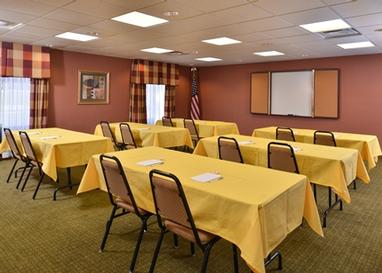 Hold Your Next Company Meeting Or Family Gathering With Us! 8 of 8