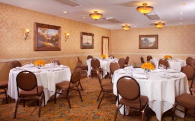 Ayres Inn Orange -Ballroom 5 of 11
