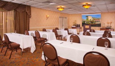 Ayres Inn Orange -Meeting Space 6 of 11