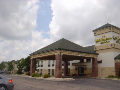 Holiday Inn Express Germantown Nw Milwaukee 1 of 6