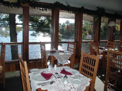Dining Overlooking The Water 9 of 15