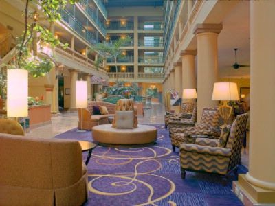 Embassy Suites Los Angeles Airport / South Lobby