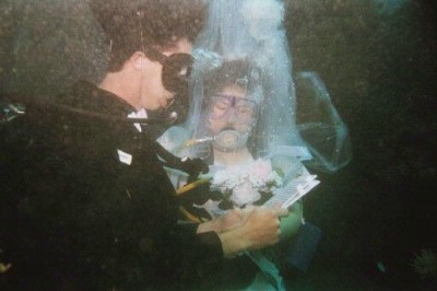 Underwater Wedding 14 of 16