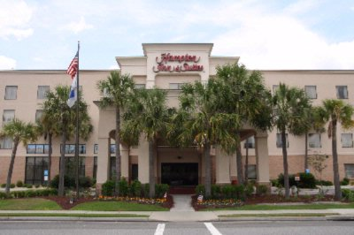 Hampton Inn & Suites Valdosta 1 of 14