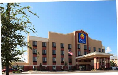 Comfort Inn & Suites 1 of 6