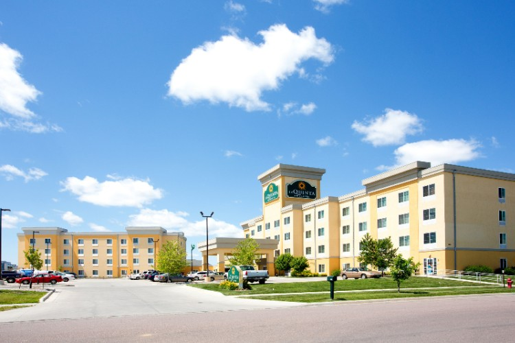 La Quinta Inn & Suites Fargo 1 of 10