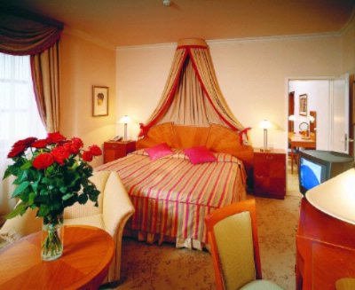 Executive Double Room 13 of 15