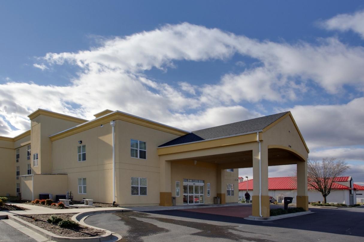 La Quinta Inn Suites Lexington Park Md 22769 Three Notch Rd California 20619
