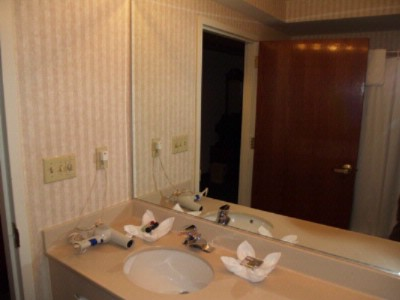 Private Bathroom In Each Room 8 of 14