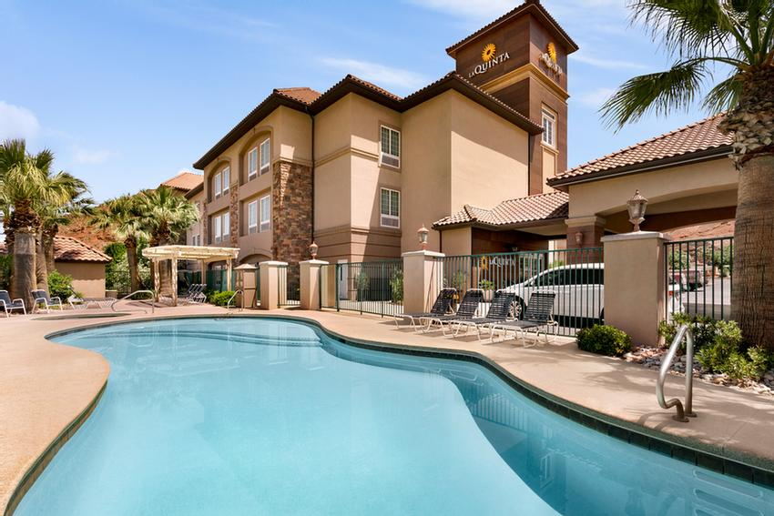 La Quinta Inn & Suites St. George 1 of 11