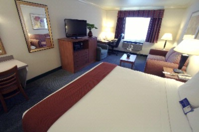Image of Holiday Inn Express & Suites Burlington