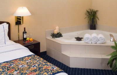 Jacuzzi Room 7 of 9