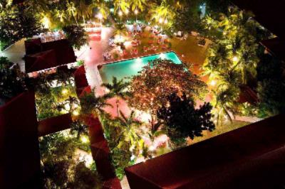Wyndham Kingston Poolside Theme Nights 6 of 12