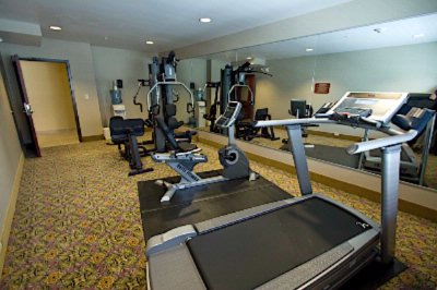 Fitness Room 5 of 7