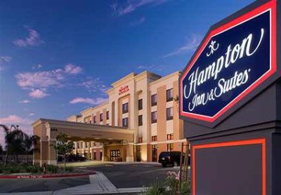 Image of Hampton Inn & Suites Clovis Ca