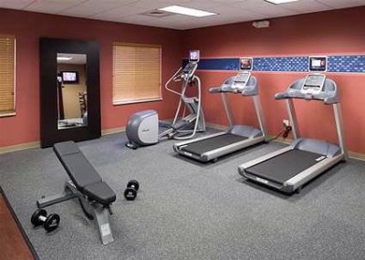 Complimentary Fitness Center 5 of 7
