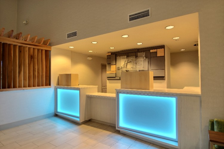 Our Milwaukee Airport Hotel Offers A Satisfying Range Of Services And Amenities. 3 of 16