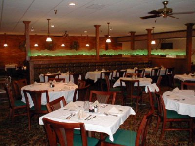 Three Crowns Dining Room -Serving Steaks -Seafood -Sandwiches & Salads 11 of 18