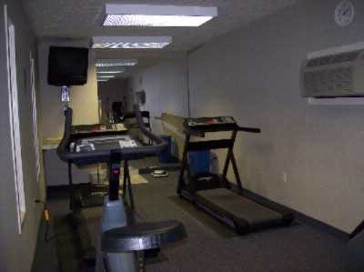 Fitness Room 8 of 25