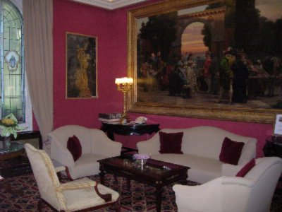 Lobby Lounge 4 of 11