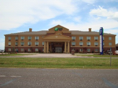 Holiday Inn Express Suites Pauls Valley 2412 West Grant Ave Ok 73075