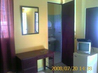 Apt 4: Studio Apartment 9 of 16
