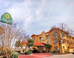 Image of La Quinta Inn San Antonio Sea World / Ingram Park