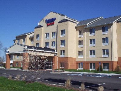 Fairfield Inn & Suites By Marriott-Seymour 2 of 7