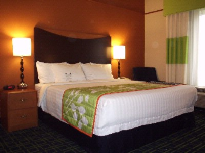 Enjoy Our Beautiful King Guestrooms 3 of 7